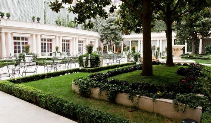 le_bristol_hotel_paris_10